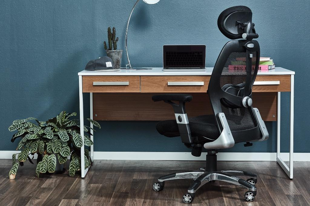 Deluxe Mesh Ergonomic Office Chair with Headrest LIKE NEW (Was $300)