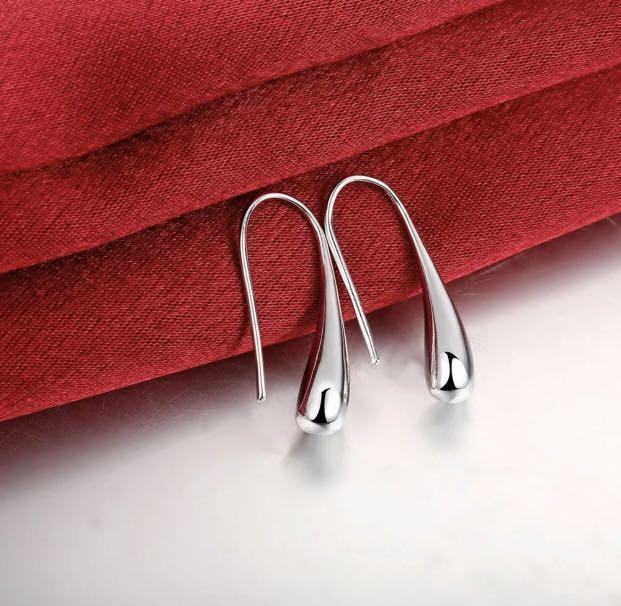 Stunning 925 Sterling Silver Filled Solid Teardrop Drop Earrings