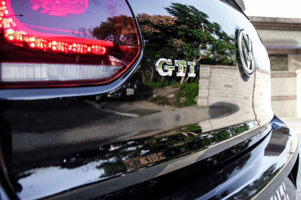 2011年 GTi 整車改裝品【買車送紅包】專門辦理車換車 超貸找錢專案
