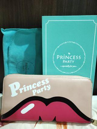 PRINCESS PARTY 嘴唇長夾
