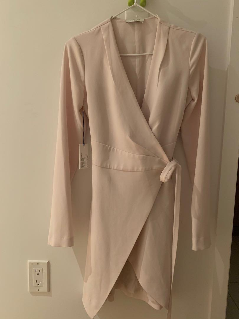 Aritzia Wallace Dress Size XXS Light Blossom Pink New With Tags