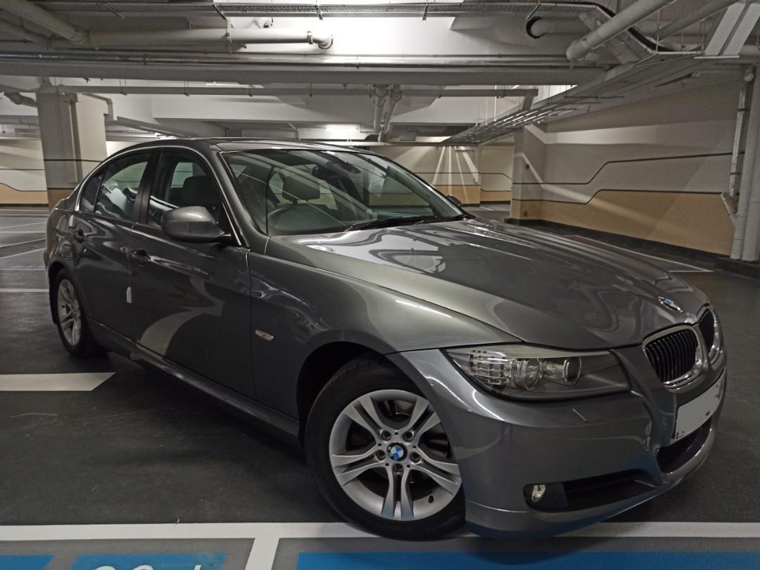 BMW 323I 2010