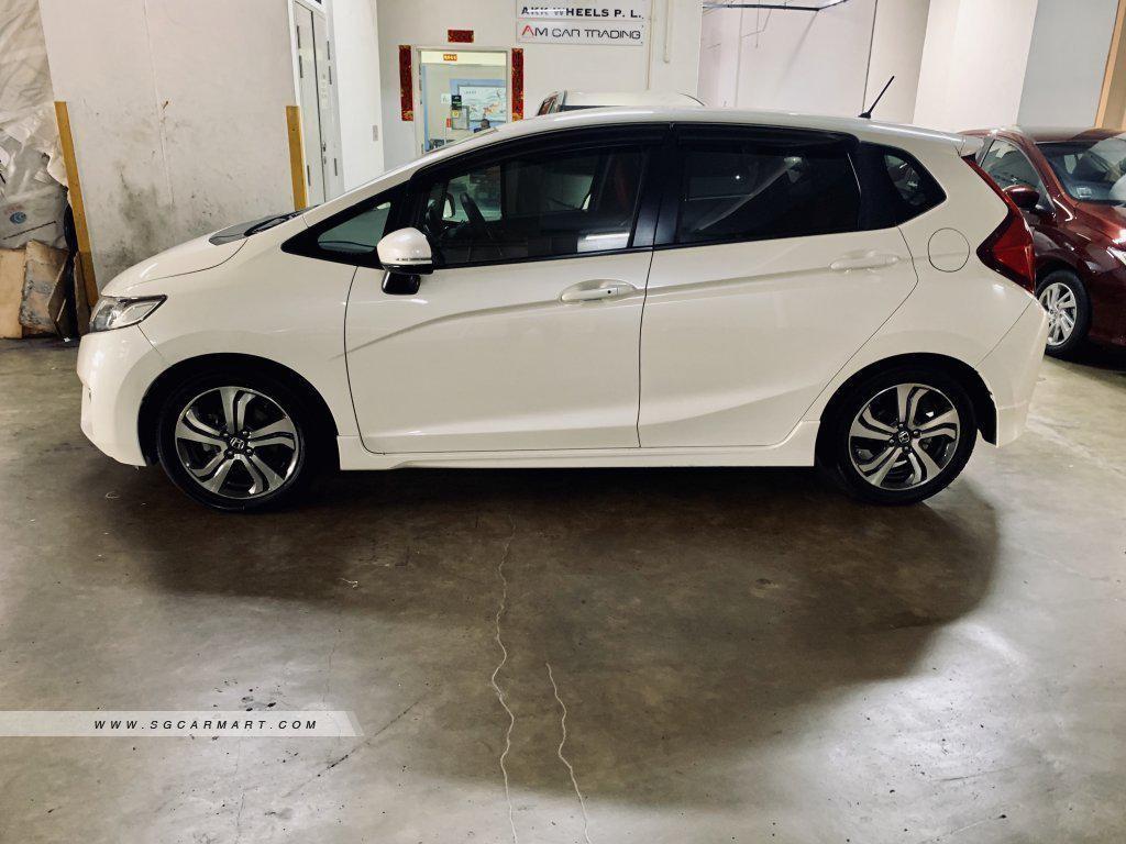 Honda jazz 1.5 RS GK5 for leasing