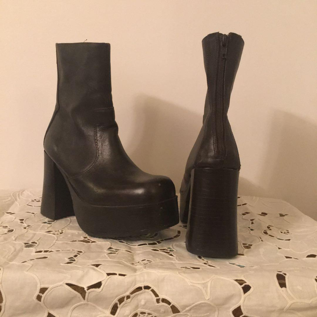 Size 9 Steve Madden Brown Leather Platform Booties