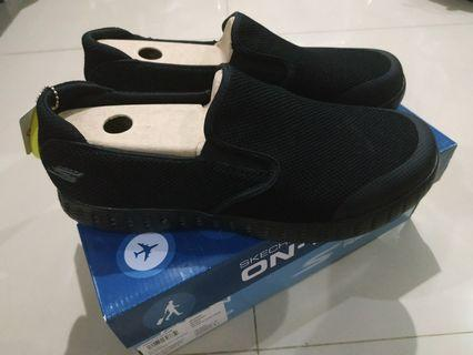 Skechers on The Go Baru