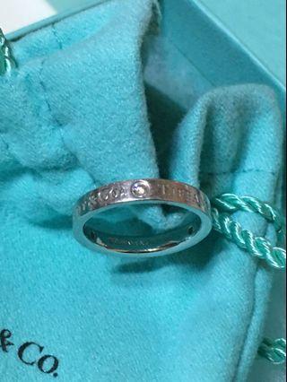 真品Tiffany鉑金Pt950  3小鑽戒指