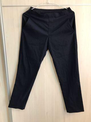 近全新 版型好看 百搭款 深灰色西裝褲版型 鬆緊腰