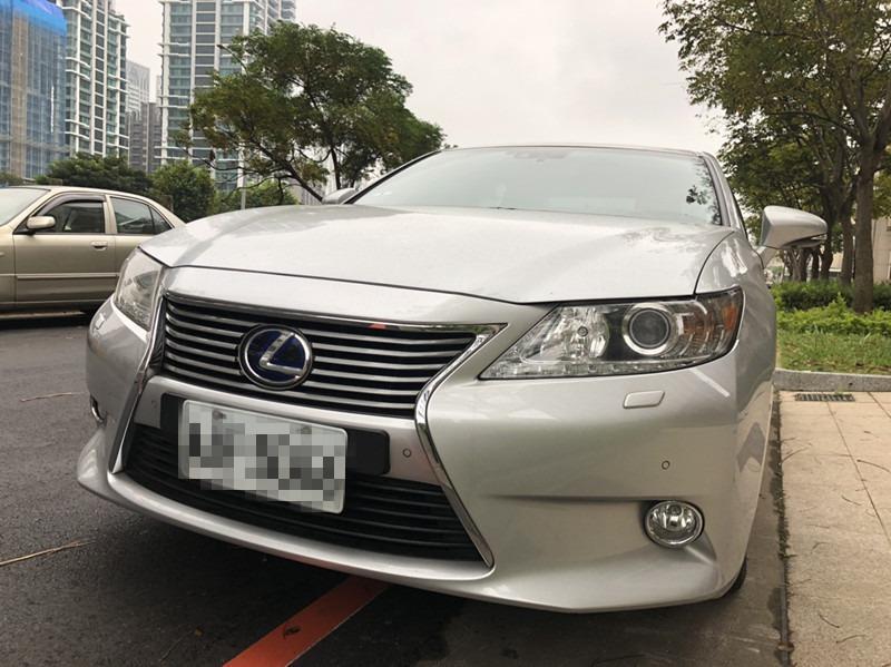正一手車 2014 LEXUS ES300H 2.5L 銀色