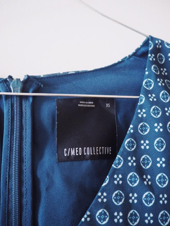 C/MEO COLLECTIVE LIGHT UP SHORT SLEEVE DRESS (BLUE)