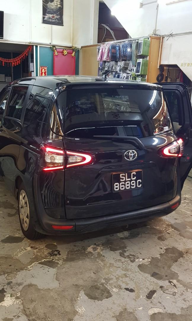 Toyota sienta petrol. Mon to fri. Canberra crescent. 5am to 7pm