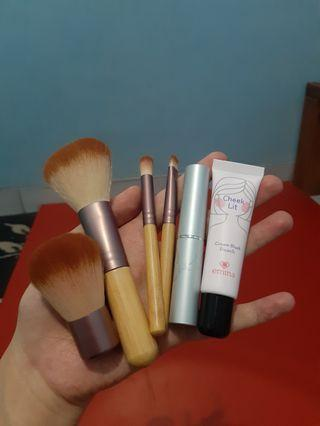 Emina Brush Set//Emina Cream Blush//Wardah Long lasting Matte Lipstick