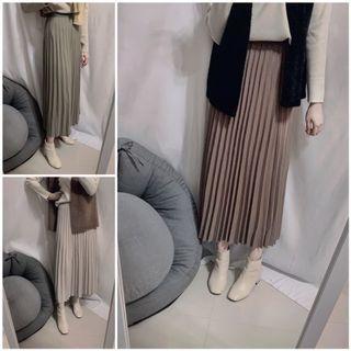 實拍 korea (3色可選) 針織磨絨面百摺裙 鬆緊腰 S911