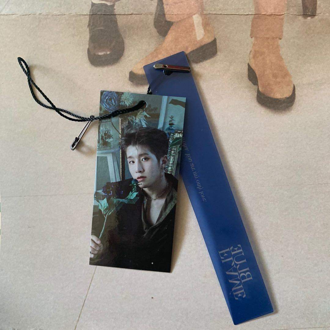 ASTRO JINJIN BOOKMARK - BLUE FLAME (STORY VERSION)