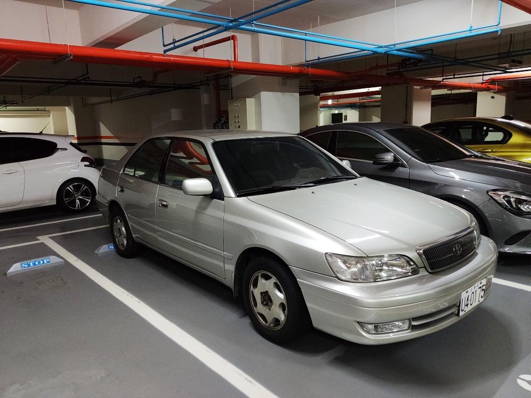 自售Toyota corona premio 2.0豐田 普雷密歐2000年米色內裝跟ford focus nissan santra差不多