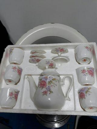 冠軍認定象牙陶瓷茶組