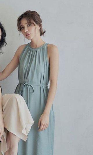 湖水藍洋裝