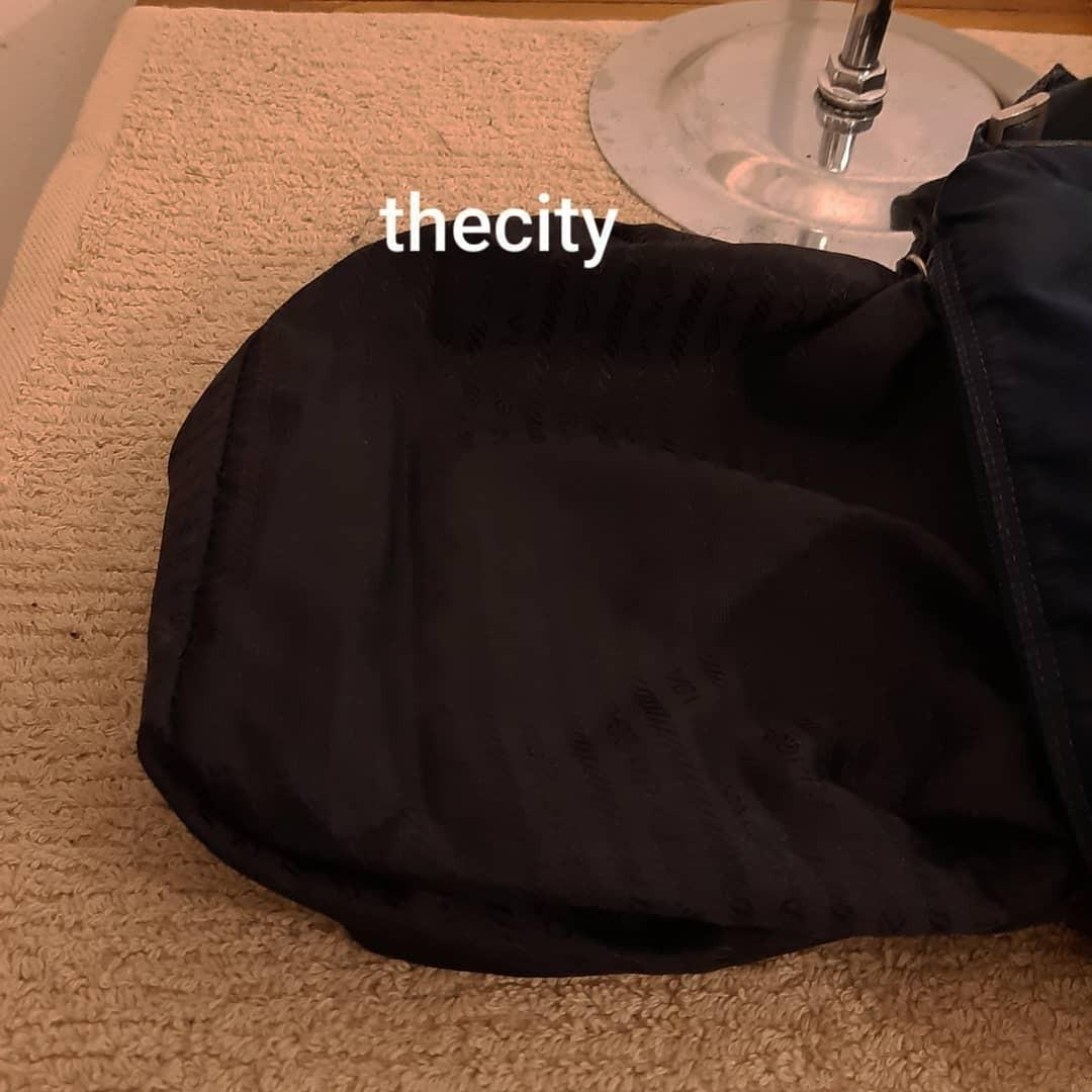 AUTHENTIC PRADA NYLON CANVAS SLING MESSENGER BAG - CLEAN INTERIOR,  OVERALL GOOD - CLASSIC TIMELESS VINTAGE - (PRADA MESSENGER SLING BAGS NOW RETAIL AROUND RM 5000+)