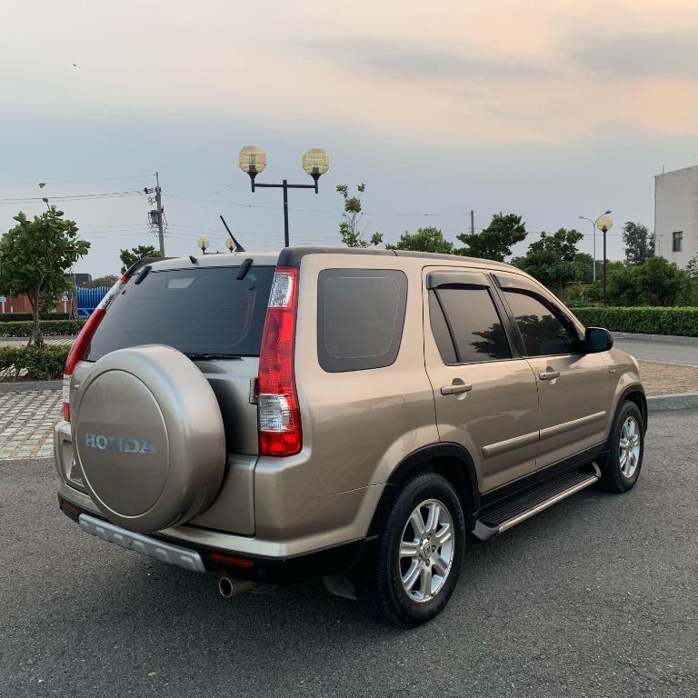 本田CRV-棕色 2005年  2.0cc