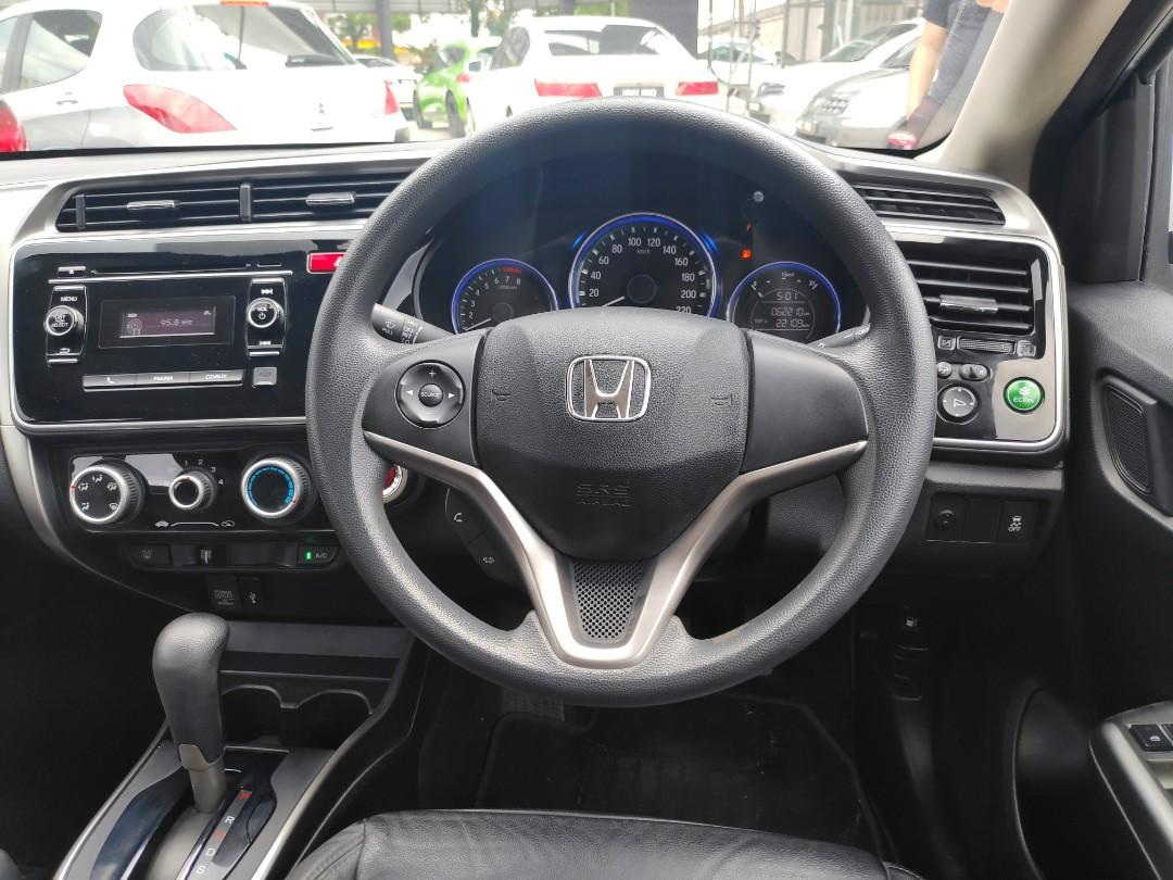 Honda city full spec leather seat push start OTR PRICE