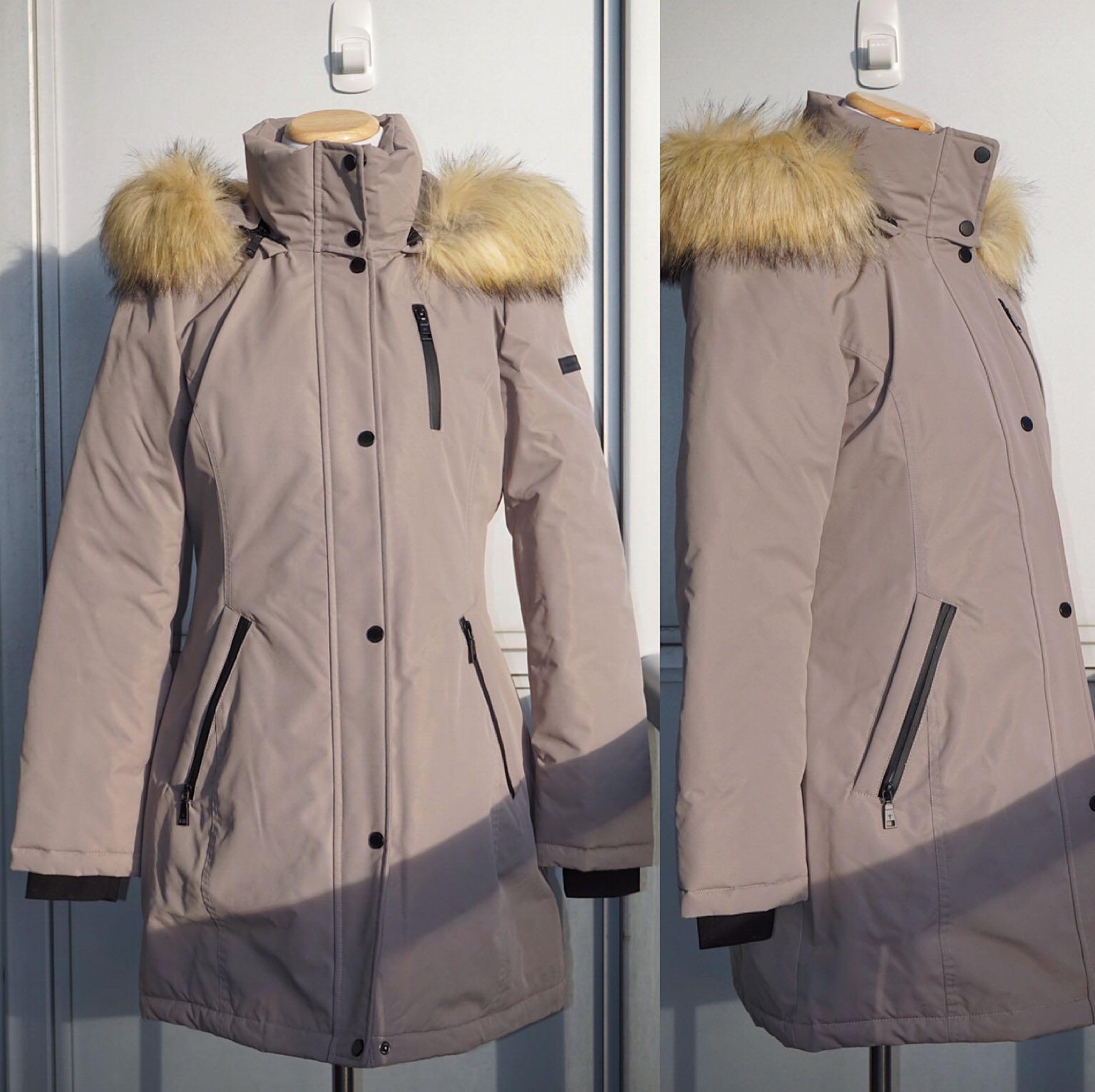 *Like New* Tahari Whitney Windproof Faux Fur Trim Parka S