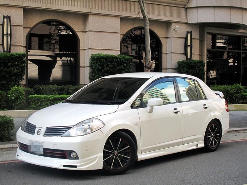 Nissan Tiida 一手車 精品改裝 獨特空力套件 小尾翼 原廠保養 只跑6萬 最強代步車