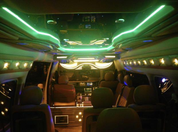PARTY TRANSPORT AIRPORT TRANSFER POINT TO POINT TRANSPORT