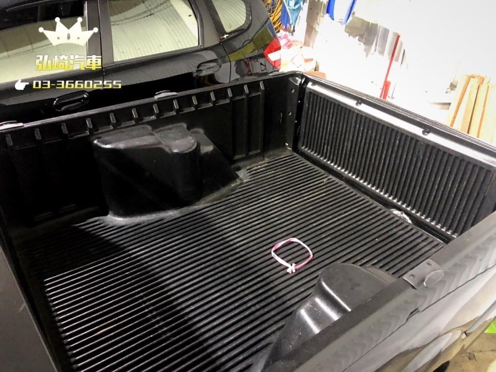 福斯小獵犬POINTER1. 8小貨車