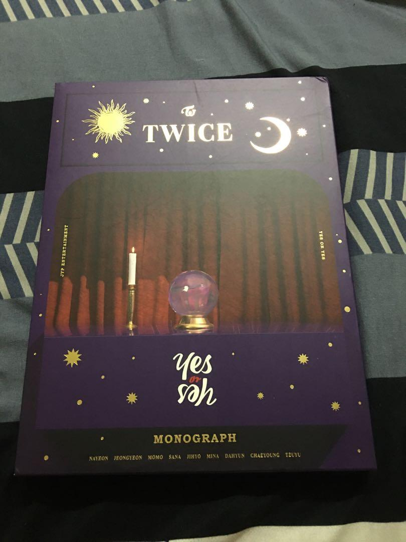 Twice Album Yes or Yes 、Yes or Yes Monograph 、Merry and Happy Monograph、Signal Monograph