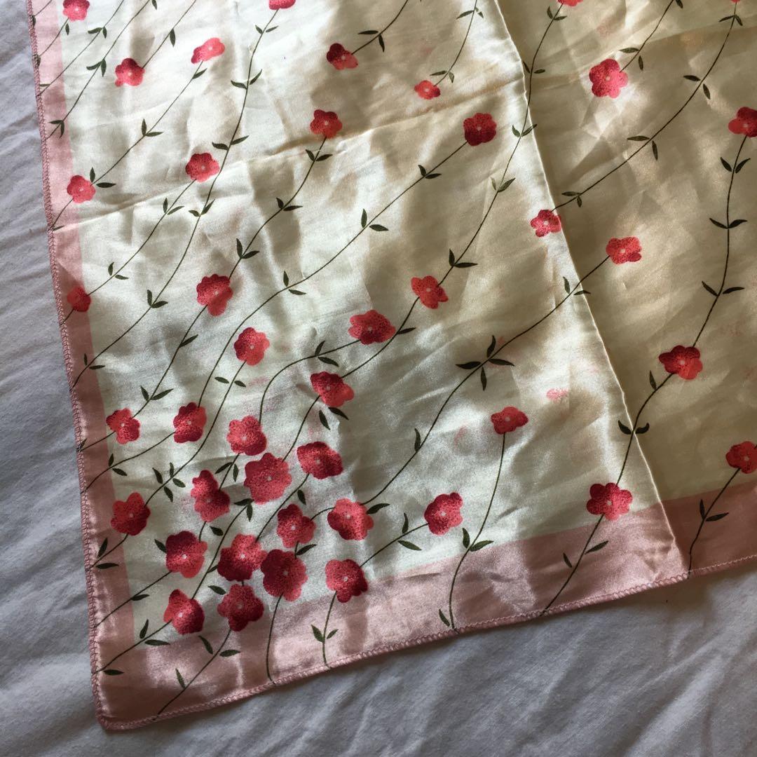 Vintage Silky Satin Scarf | Lovely cream & red cherry blossom design 🍒