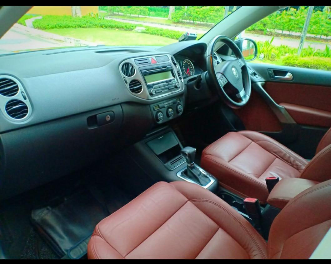 VW Golf SUV Post CNY Promo