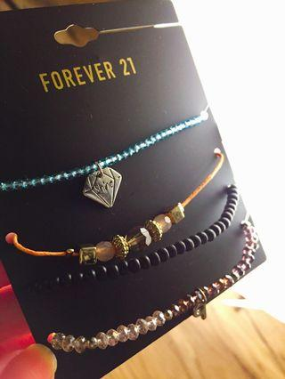 Forever 21 清新彩珠手鍊4件組合 #出清2019