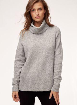 Aritzia sweater size small