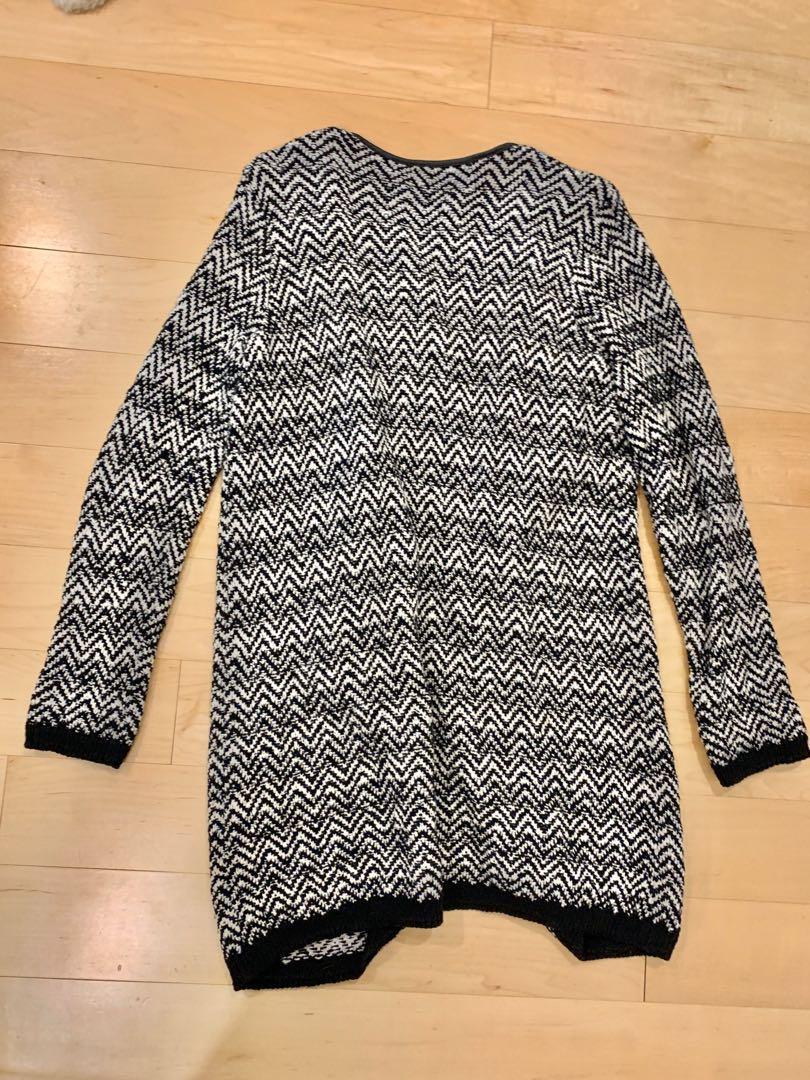 Mavi long cardigan black and white chevron herringbone size med