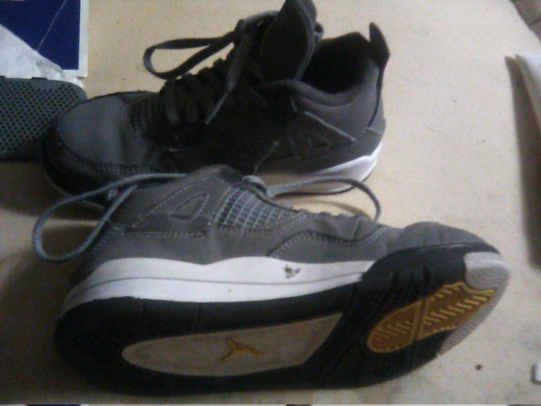 A great Christmas present for ur child new release jordans size 13 child great also for basketball