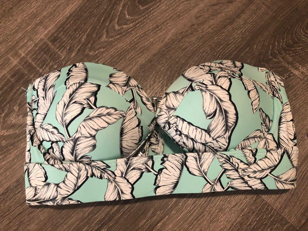 New without tags Kookai swimwear set top size 2 bottoms size 3