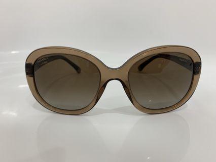 Chanel 菱格紋太陽眼鏡