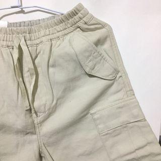 [近全新]Carrhatt白色工裝短褲