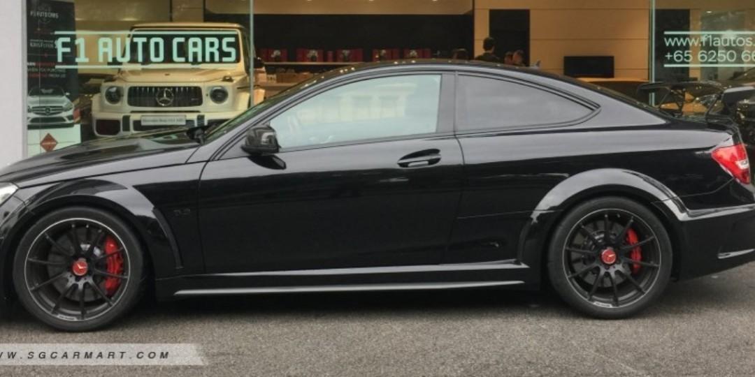 Mercedes-Benz C63 AMG C63 Black Series Auto