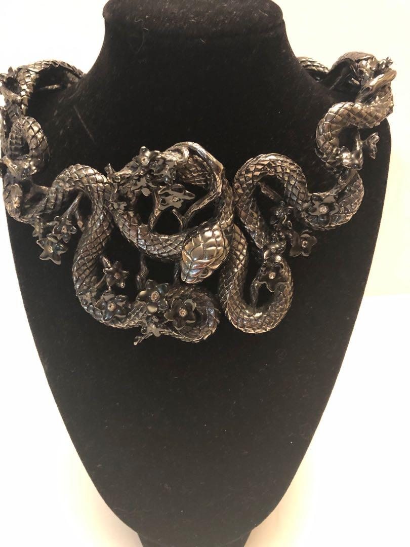 Roberto Cavalli snake flowers ruthenium -plated Swarovski Crystal collar necklace 🌟Reduced!
