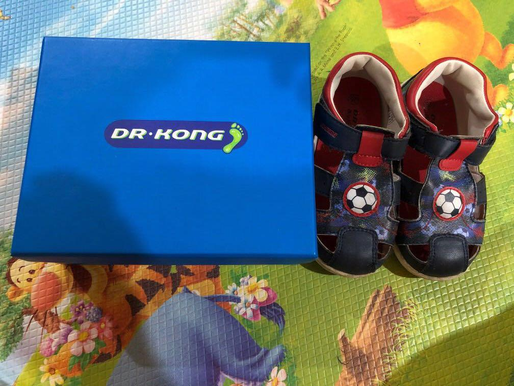 Good quality baby Shoes (size 26, 24