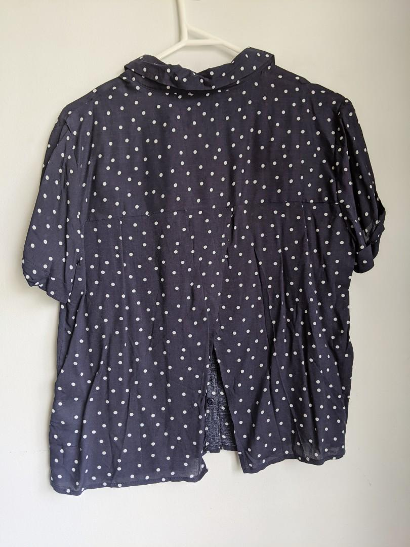 JAYJAYS: COLLARED NAVY POLKADOT BUTTON UP SHIRT (SMALL)