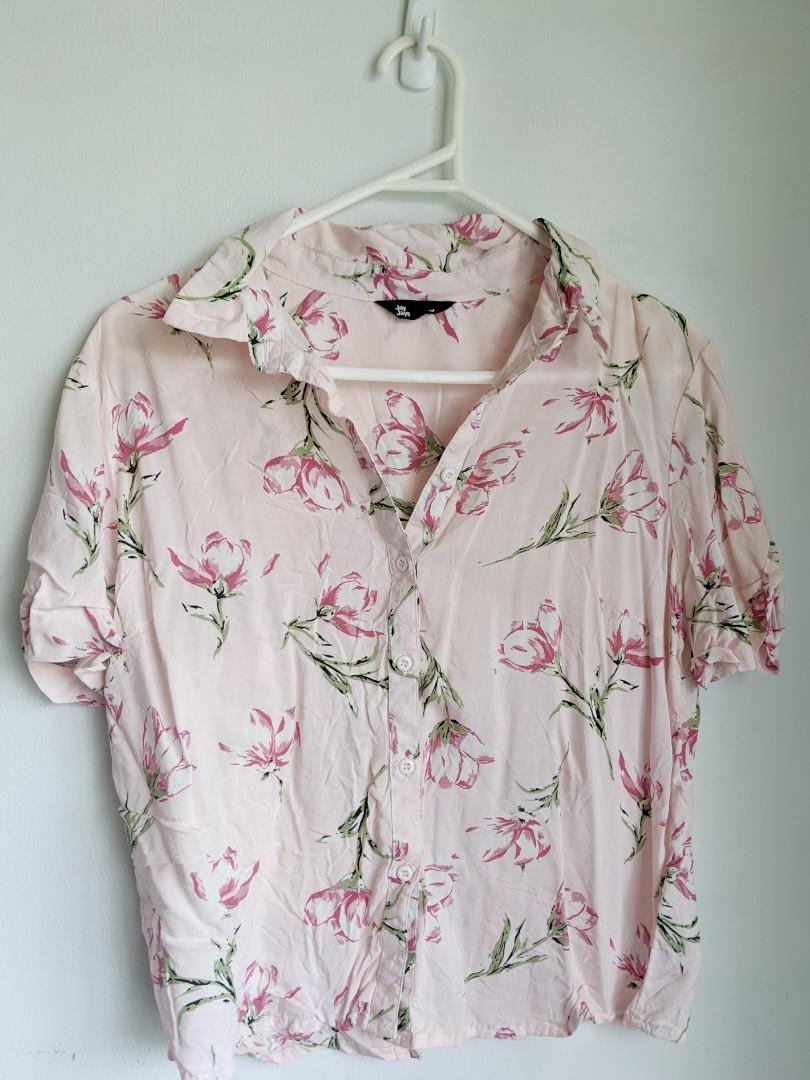 JAYJAYS: COLLARED PINK FLORAL BUTTON UP SHIRT (SMALL)