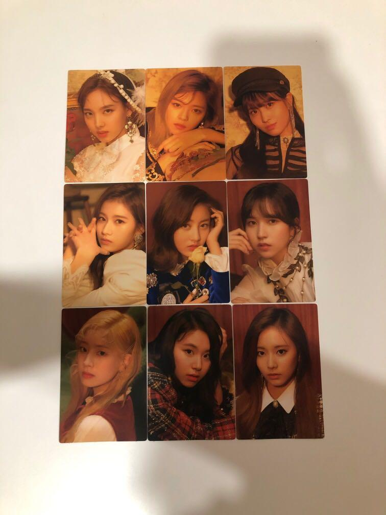 Twice Official Season Greeting 2019 'The Roses' Photocard