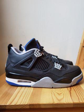 Collectiable Retro 4 Black/Royal Jordans