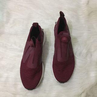 Reebok Burgundy Sneakers