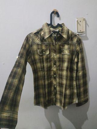 Green Plaid shirt (kemeja kotak)