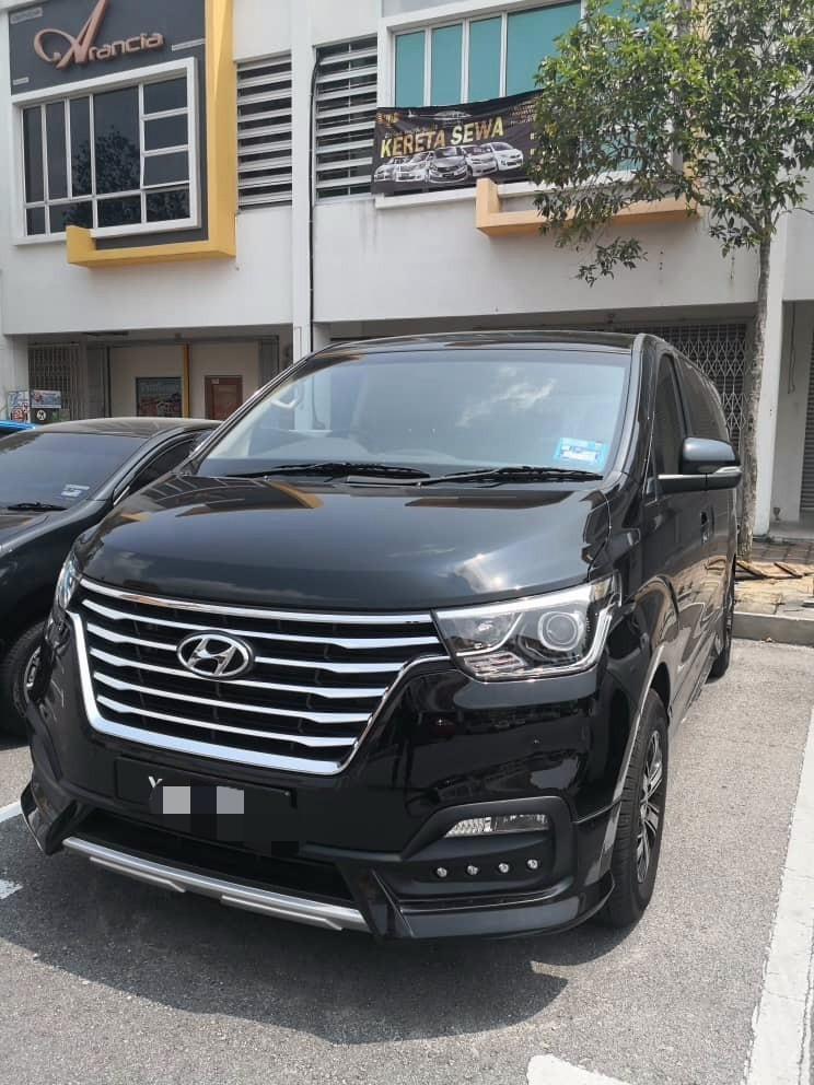 Starex Royale 2.5 Turbo 2.5 (A) Kereta Sewa Selangor KL