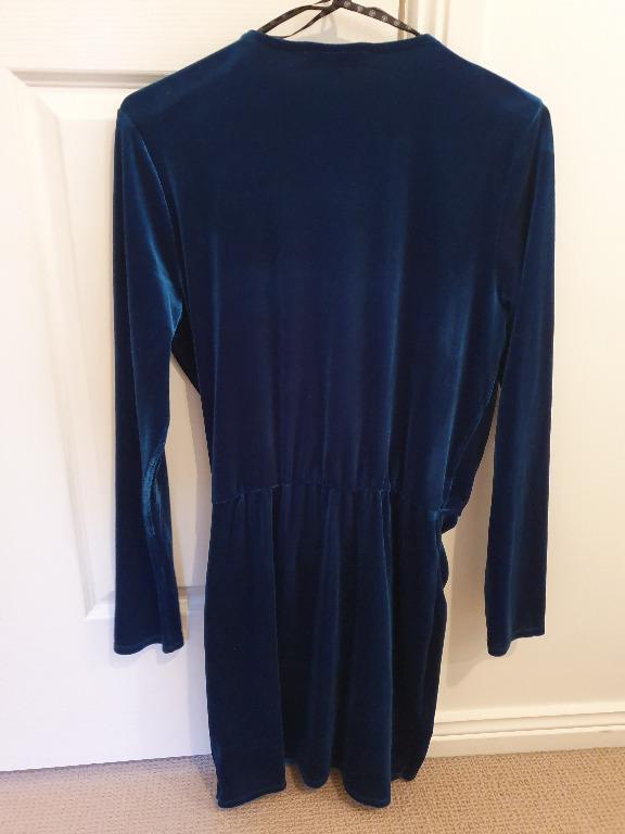 WORN ONCE Missguided Sz 10 Plunge V neck Velvety Teal Green Dress
