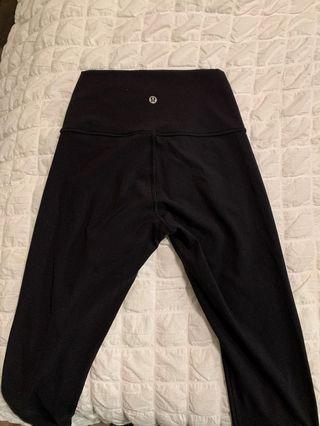 Lululemon Black Wunder Under Leggings Size 4