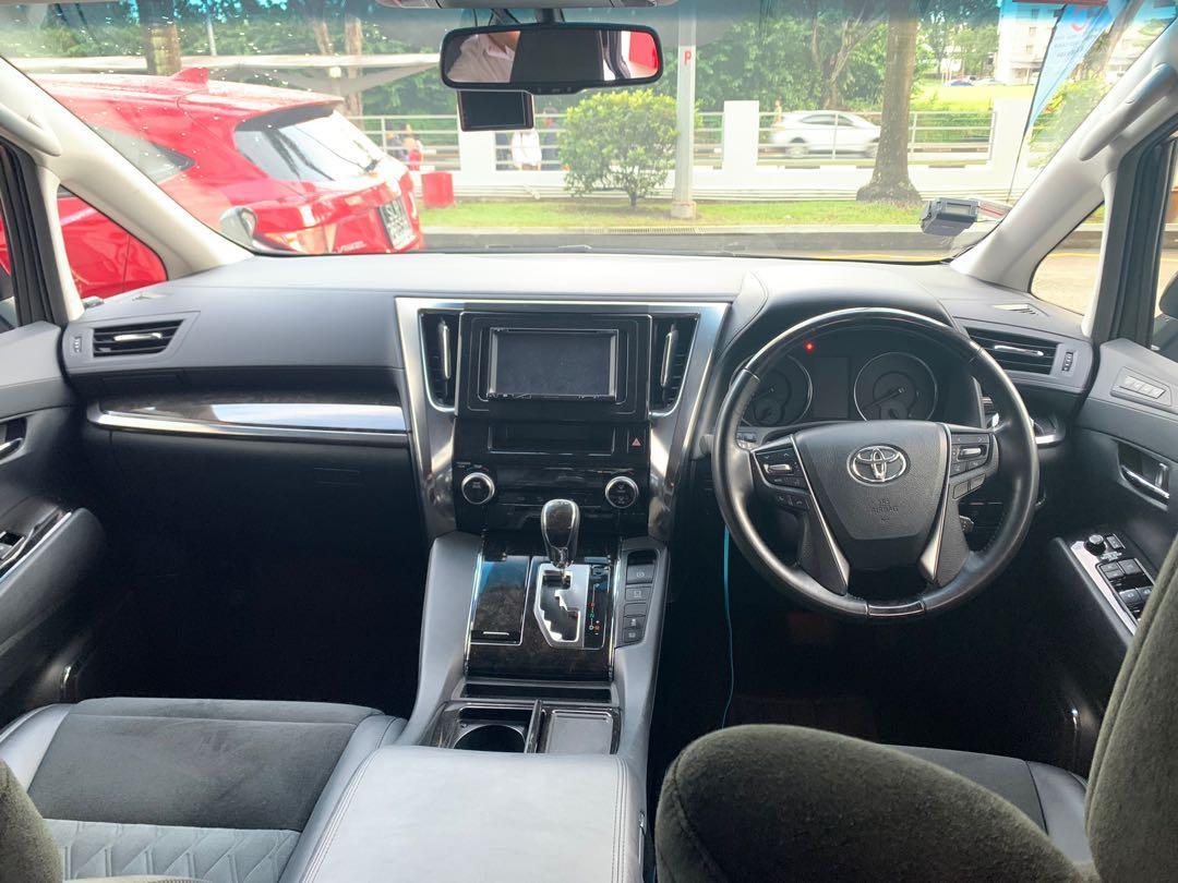 2018 Toyota Alphard 2.5 SC